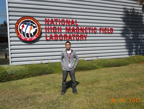 Jiao Lin in the National High Field Laboratory at Florida State University